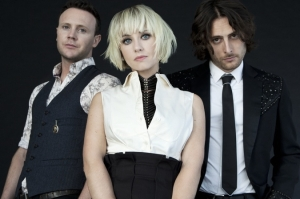 the-joy-formidable-2013-james-minchin-675-675x449